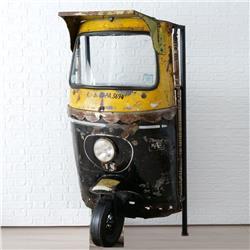 Półka Tuktuk z miejscem na wino