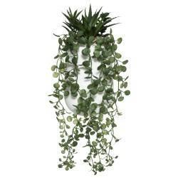 Sztuczna roślina zwisająca w doniczce